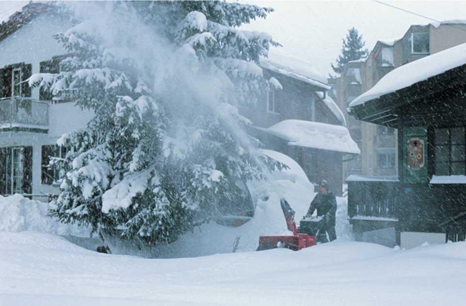 Снегомет Хонда в действии