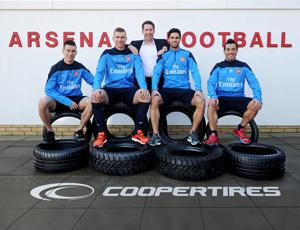 Cooper спонсор Арсенала
