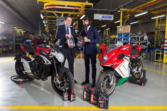 Марко Баральди Motul Италия и Джованни Кастильони MV Agusta